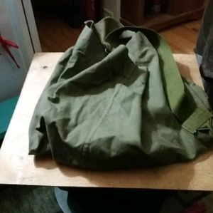Lot of army duffle bags